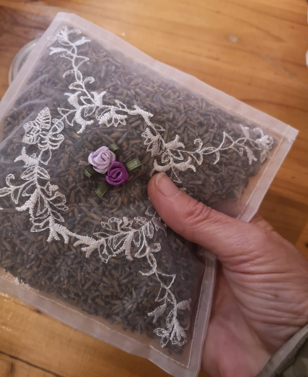 Lavender pot pourri clear bag.jpg